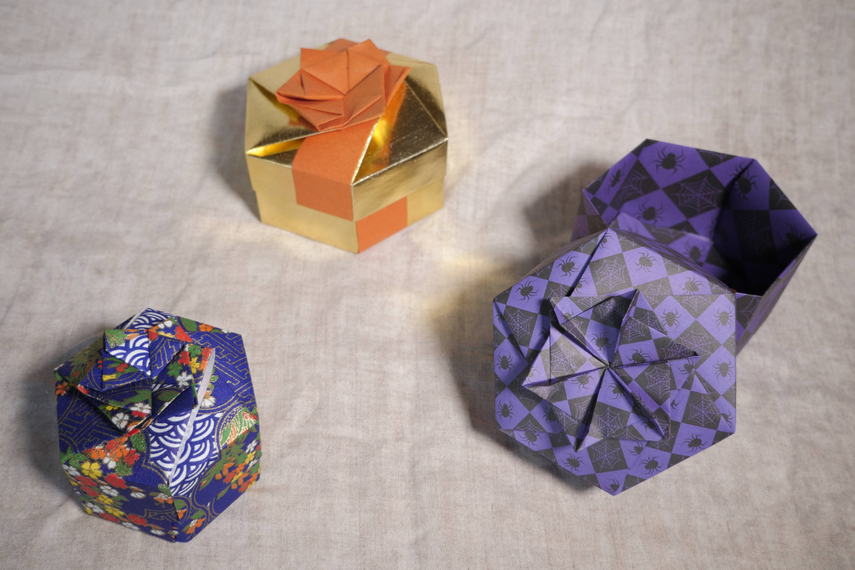 15cm 50 Sheets Square Christmas Metallic Foil Origami Paper